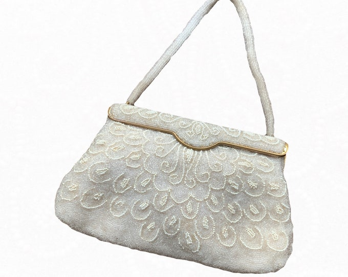 Vintage Cream Beaded Clutch from France. Old Hollywood Glamour Evening Bag. 1940s Sustainable Vintage Fashion Accessory. Formal Attire.