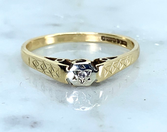 Minimalist Diamond Engagement Ring or Promise Ring in an Art Deco 9K Gold Setting. Circa 1977 Estate Jewelry.
