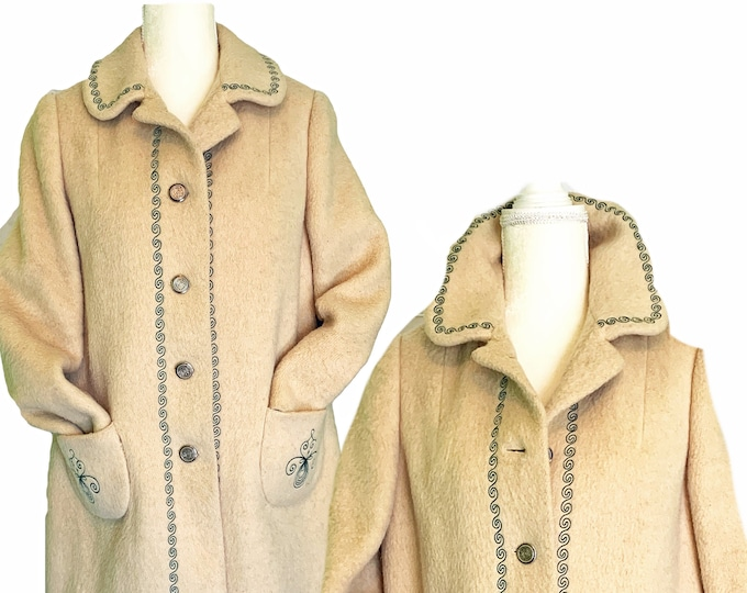 Vintage Cream Wool Swing Coat from West Germany. Waterproof Winter Overcoat with Shepherd-Loden Wool. Fall / Winter Fashion