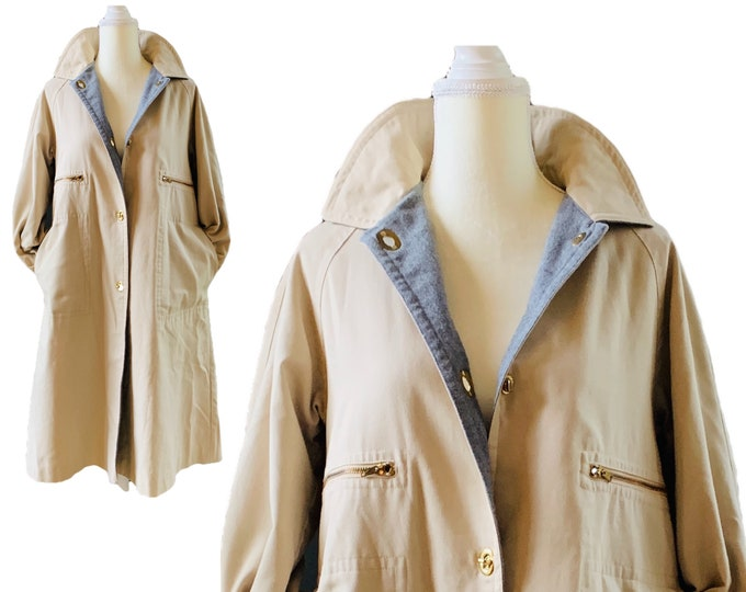 1970s Khaki Trench Coat by Bonnie Cashin with Gray Wool Lining. Utilitarian Style Vintage Fashion. Fall Outerwear.