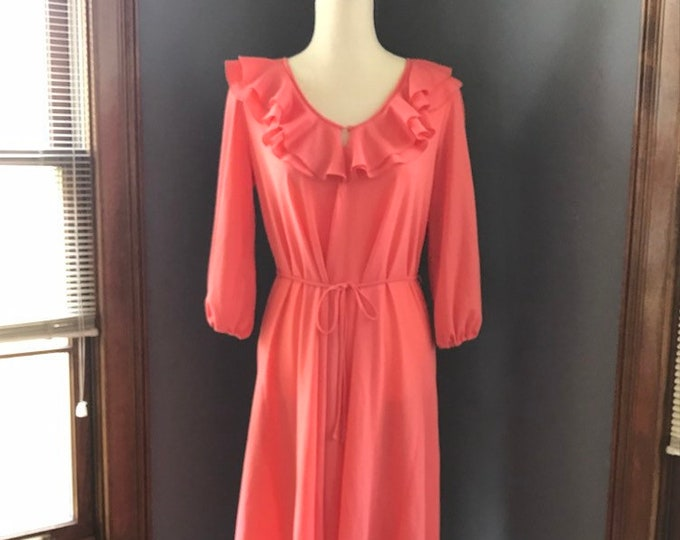 Vintage Coral Dress with Ruffled Neckline by Saks Fifth Avenue. Perfect Summer Dress.
