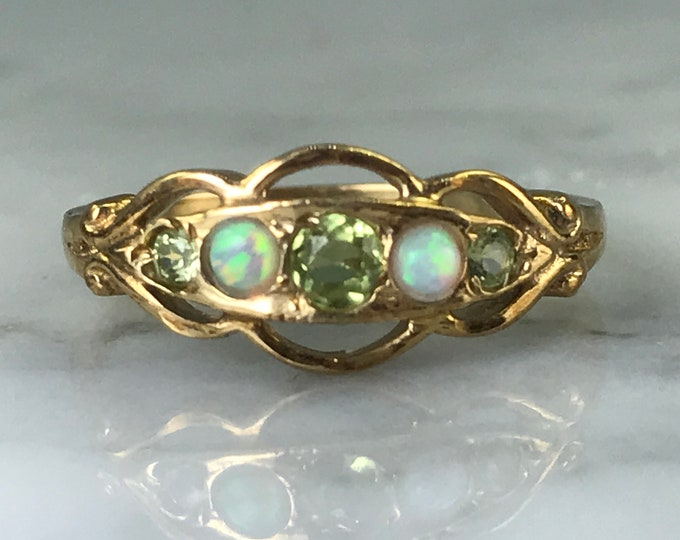 Vintage Peridot Opal Ring. 9K Yellow Gold. Unique Engagement Ring. Estate Jewelry. August Birthstone. 16th Anniversary. Peridot Opal Band