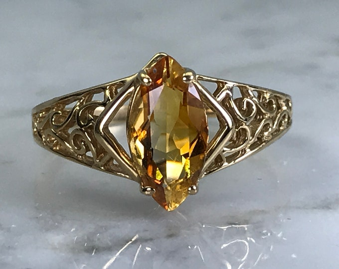 Vintage Citrine Ring. 10K Yellow Gold Scroll Setting. Estate Jewelry. Unique Engagement Ring. November Birthstone. 13th Anniversary Gift.