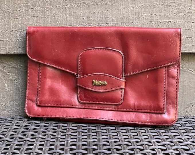 1970s Burgundy Leather Clutch by John Romain. Envelope Style Handbag Perfect for Fall. Gift for Her. Sustainable Vintage Fashion.
