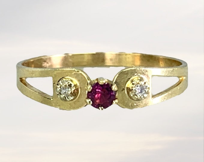 Vintage 1940s Ruby and Diamond Ring in a 10k Yellow Gold Setting. Perfect Wedding band or Stacking Ring. July Birthstone. 15th Anniversary.