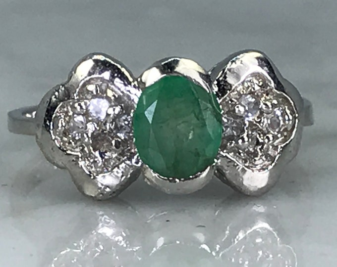 Vintage Emerald Topaz Ring. Engagement Ring. GLA Certified.  May Birthstone. Gift for Her. Estate Fine Jewelry. Green Wedding Jewelry