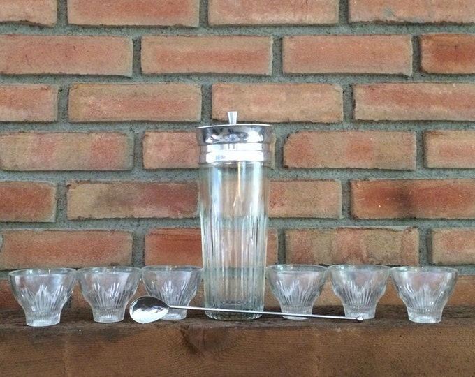 Vintage Art Deco Bar Set with Cocktail Shaker and 6 Rocks Glasses by Indiana Glass. Drink Mixer, Liquor Decanter, Drink Stirrer, Barware.