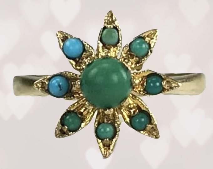 Vintage 1970s Turquoise Ring in a Yellow Gold Flower Setting. Unique Engagement Ring. December Birthstone. Blue and Green Turquoise.