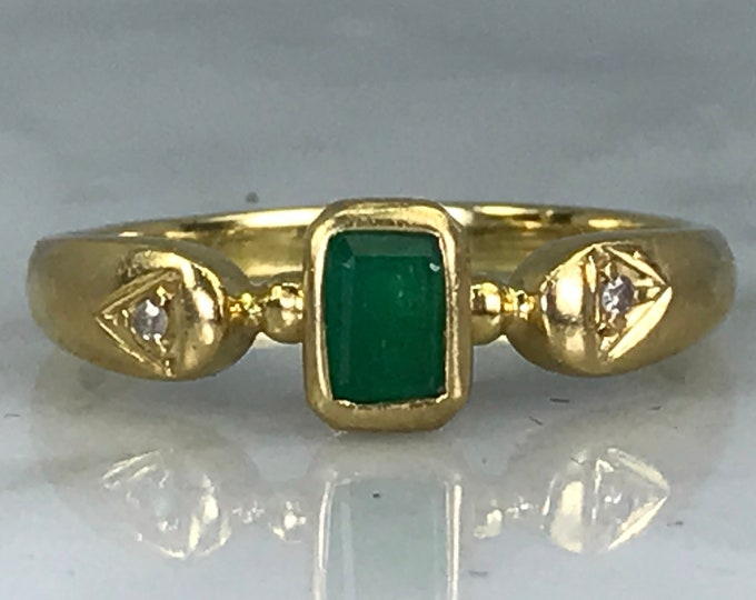 Emerald Diamond Ring. 18K Yellow Gold. Unique Engagement Ring. Promise Ring. Antique Estate Jewelry. May Birthstone. 20th Anniversary.