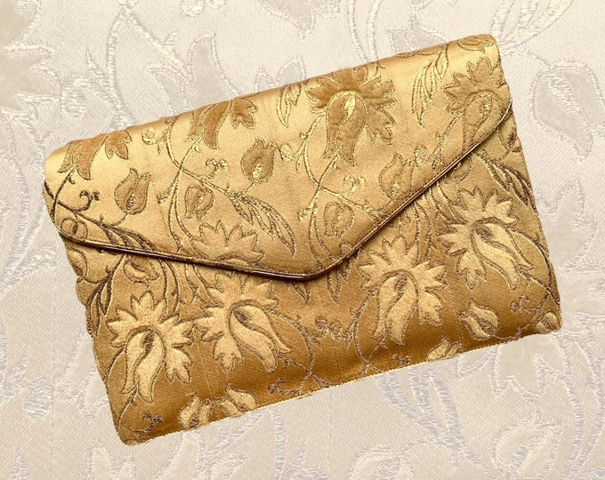 1950s Gold Silk Embroidered Envelope Style Clutch by Coblentz for Saks Fifth Avenue. Sustainable Vintage Fashion Accessory.