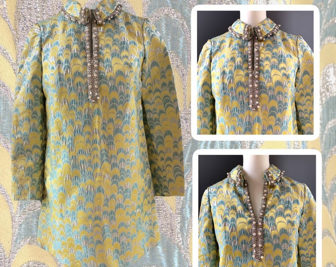 Vintage 1960s Brocade GoGo Shift Dress by Saks Fifth Avenue in a Yellow and Turquoise Scallop Design.