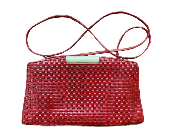 1970s Red Woven Leather Clutch or Shoulder Bag by DESMO for Saks Fifth Avenue. Perfect Fall and Winter Purse. Sustainable Vintage Fashion.
