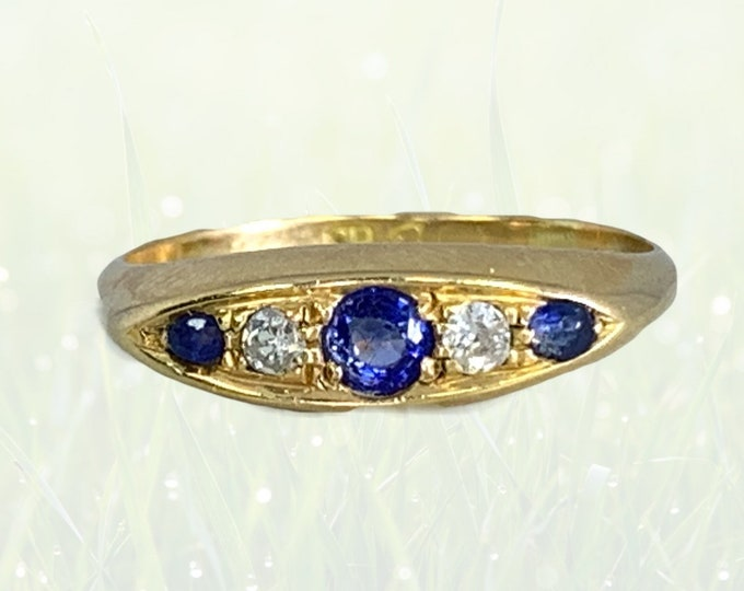 1912 Antique Spinel and Diamond Ring in 18k Yellow Gold. Perfect and Unique Wedding Band or Stacking Ring. August Birthstone.