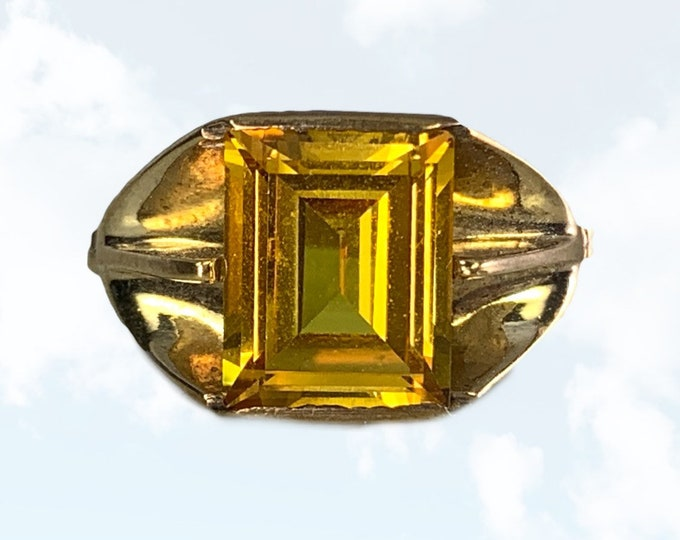 Vintage 1970s Citrine Ring in a 10k Yellow Gold Art Deco Setting. Sustainable Estate Jewelry. November Birthstone. 13th Anniversary