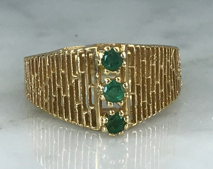 Vintage Emerald Ring. 14K Yellow Gold. Unique Engagement Ring. Green Cocktail Ring. May Birthstone. 20th Anniversary Gift. Estate Jewelry