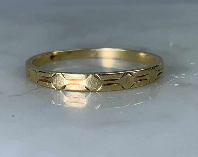 Art Deco Yellow Gold Wedding Band by Kaynar. Perfect Wedding Ring, Thumb Ring or Stacking Band.