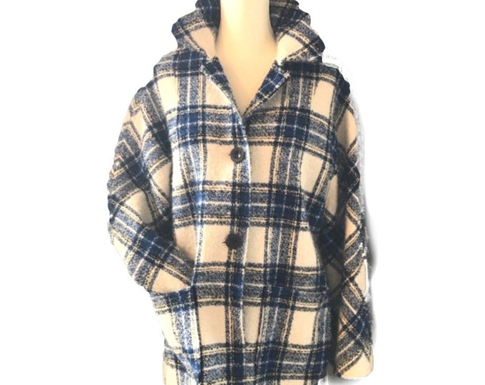 Vintage Blue Tartan / Plaid Virgin Wool Pea Coat by Pendleton. Warm Winter Coat. Vintage Fashion