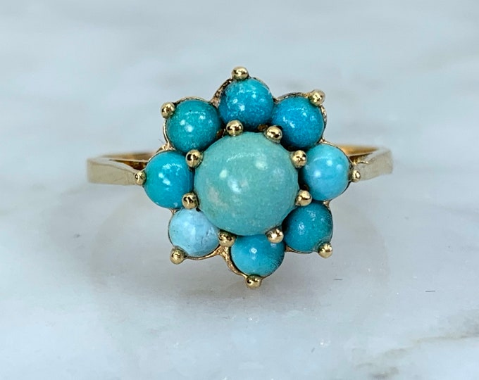 1970s Turquoise Ring in Yellow Gold. Boho Cluster Flower Style. Unique Engagement Ring. Estate Fine Jewelry. December Birthstone.