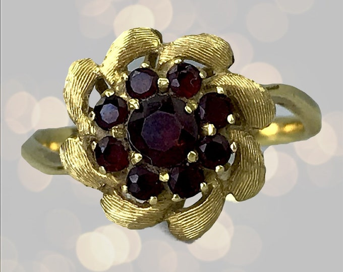 Garnet Flower Cluster Ring set in 18k Yellow Gold. Unique Engagement Ring. January Birthstone. 2 Year Anniversary. Estate Jewelry.