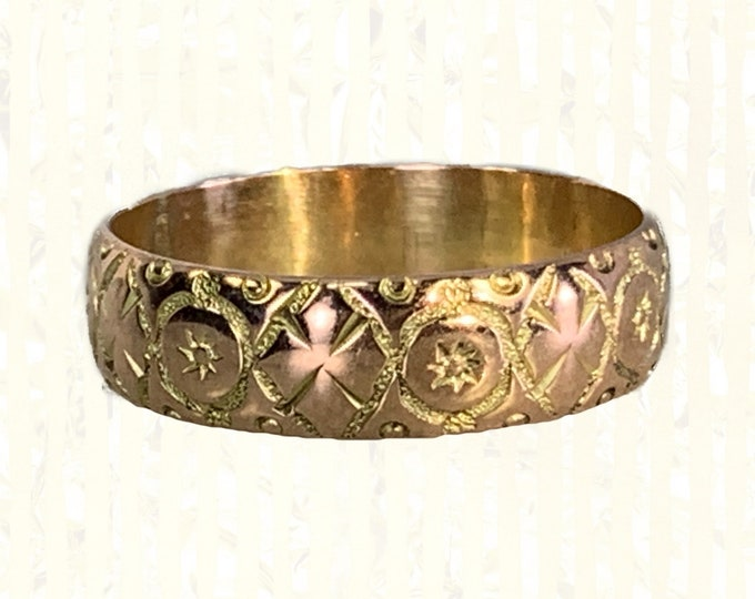 Antique 1920s Etched Rose Gold Wedding Band with Art Nouveau Design. Perfect Stacking or Thumb Ring. Sustainable Estate Jewelry.