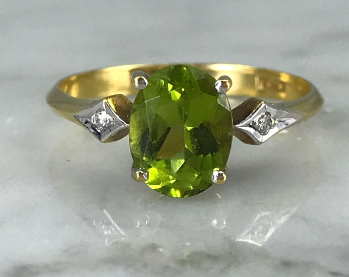 Vintage Peridot Engagement Ring in 18K Gold with Diamond Accents. August Birthstone. 16th Anniversary Gift. Estate Jewelry.