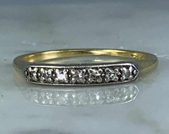 Vintage Diamond Wedding Band in 14K Gold. April Birthstone. Perfect Stacking Ring!
