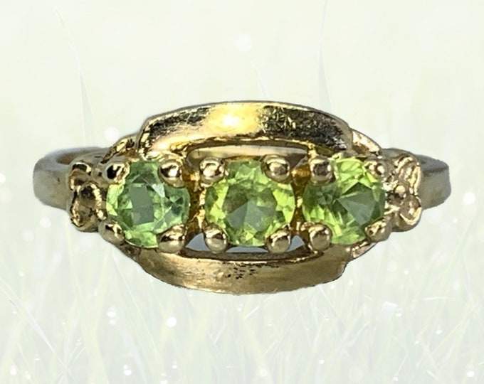 Vintage Peridot Ring in a 14k Yellow Gold Setting. Three Stone Past Present Future. August Birthstone. Estate Jewelry circa 1960s.