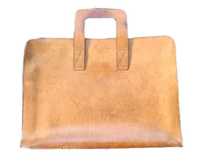Vintage Tan Leather Briefcase or Attaches. Beautiful Soft Leather with Slim Design. Perfect gift for Graduate or Someone Starting a New Job.