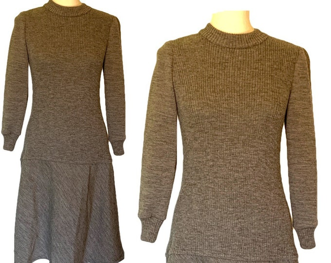 Gray Knit Drop Waist Dress Perfect for Fall. Easy to Dress Up or Down for Date Night or Work! 1970s Bill Blass