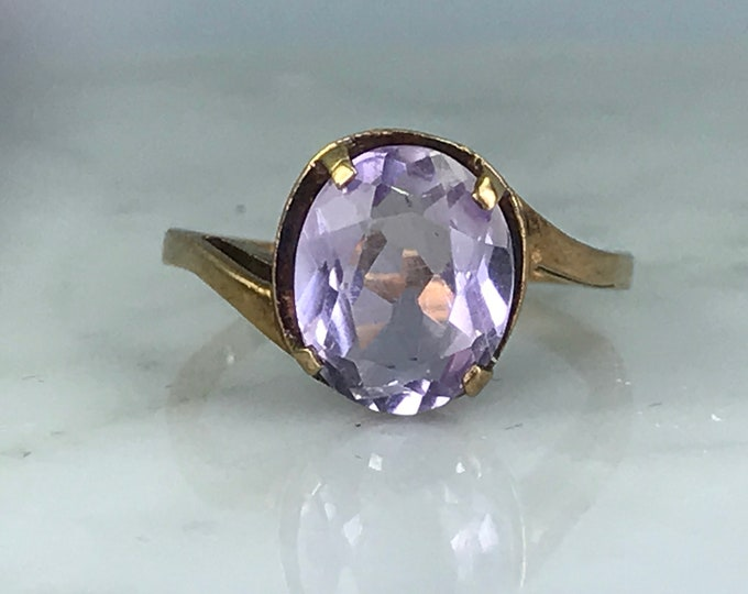 Amethyst Solitaire Ring. 10K Rose Gold. Unique Engagement Ring. February Birthstone. 6th Anniversary. Vintage Estate Jewelry. Purple Ring