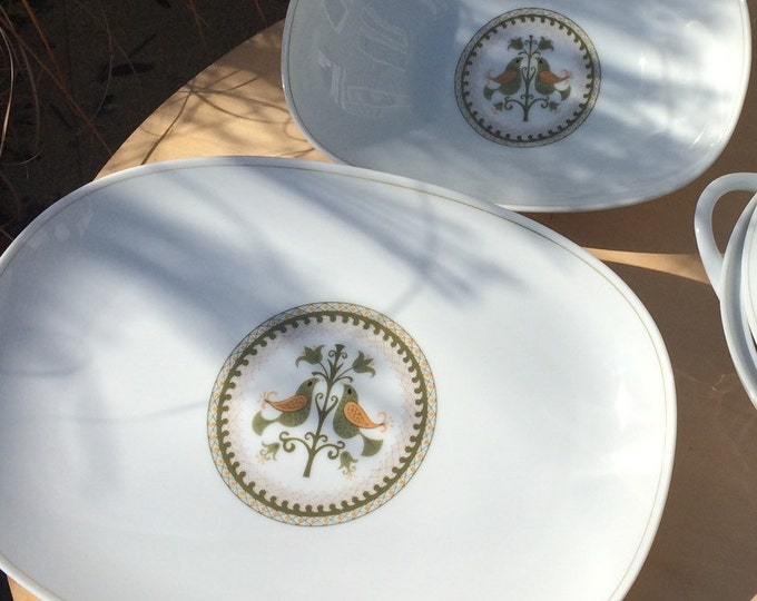 Vintage Serving Platter and Serving Bowl in Hermitage Pattern by Noritake China 6226 with Hand Painted Bird and Tulip Design. Set of 2