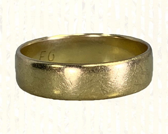 Vintage 1970s Men's Gold Wedding Band in Yellow Gold. Perfect Stacking or Thumb Ring. English Hallmarked Estate Jewelry.