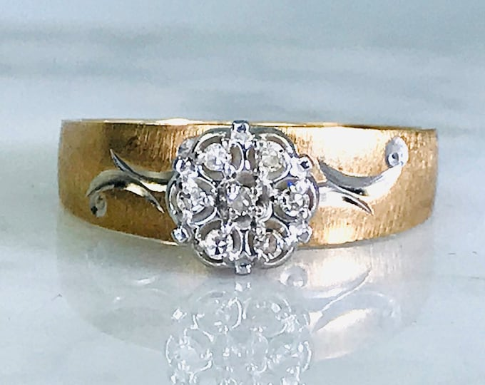 Unique Diamond Engagement Ring in 10K Yellow Gold. Estate Jewelry. April Birthstone. 10 Year Anniversary Stone.