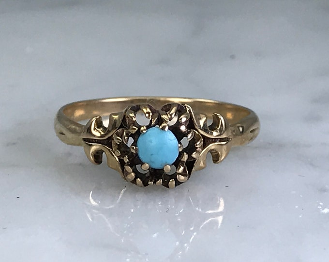 Vintage Turquoise Gold Ring. Unique Engagement Ring. Estate Fine Jewelry.  December Birthstone. Promise Ring.