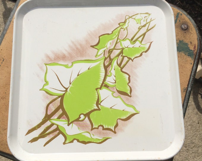 Vintage Metal Tray. Serving Tray with Green Leaf Pattern. Serving Pattern. Home Decor. Kitchen Decoration. Platter.