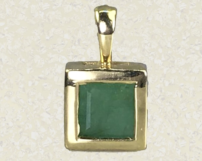 1960s Emerald Pendant in 14K Yellow Gold. May Birthstone. 20th Anniversary Gift. Appraised Estate Jewelry.