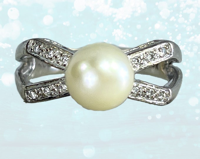 Vintage Pearl and Diamond Ring in a Bow Style set in 14k White Gold. 1950s Sustainable Estate Jewelry. June Birthstone. 4th Anniversary Gift