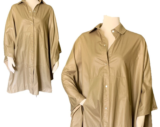 Vintage Tan Poncho Cape by Bonnie Cashin with Cotton Lining. Utilitarian Style with Pockets. 1970s Sustainable Designer Fashion.