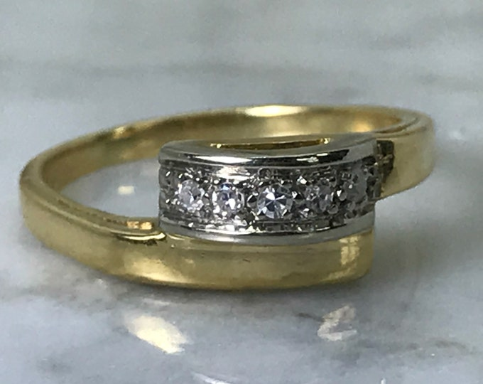 Modernist Diamond Wedding Band in 18k Gold. Unique Engagement Ring. April Birthstone. Vintage Sustainable Estate Jewelry.