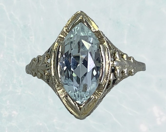 Antique Aquamarine Ring in a 18k White Gold Art Deco Filigree Setting. March Birthstone. 1920s Sustainable Estate Jewelry.