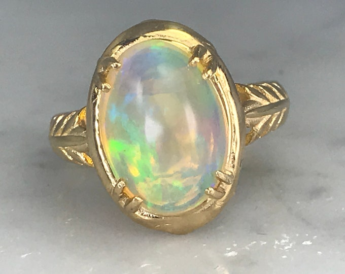 Vintage Opal Ring in 14K Yellow Gold Filigree Setting. Unique Engagement Ring. October Birthstone. 14th Anniversary. Estate Jewelry