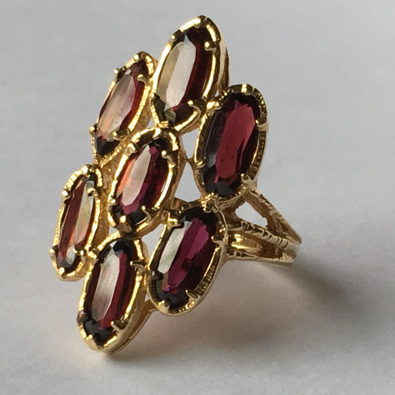 hattie carnegie jewelry marks
