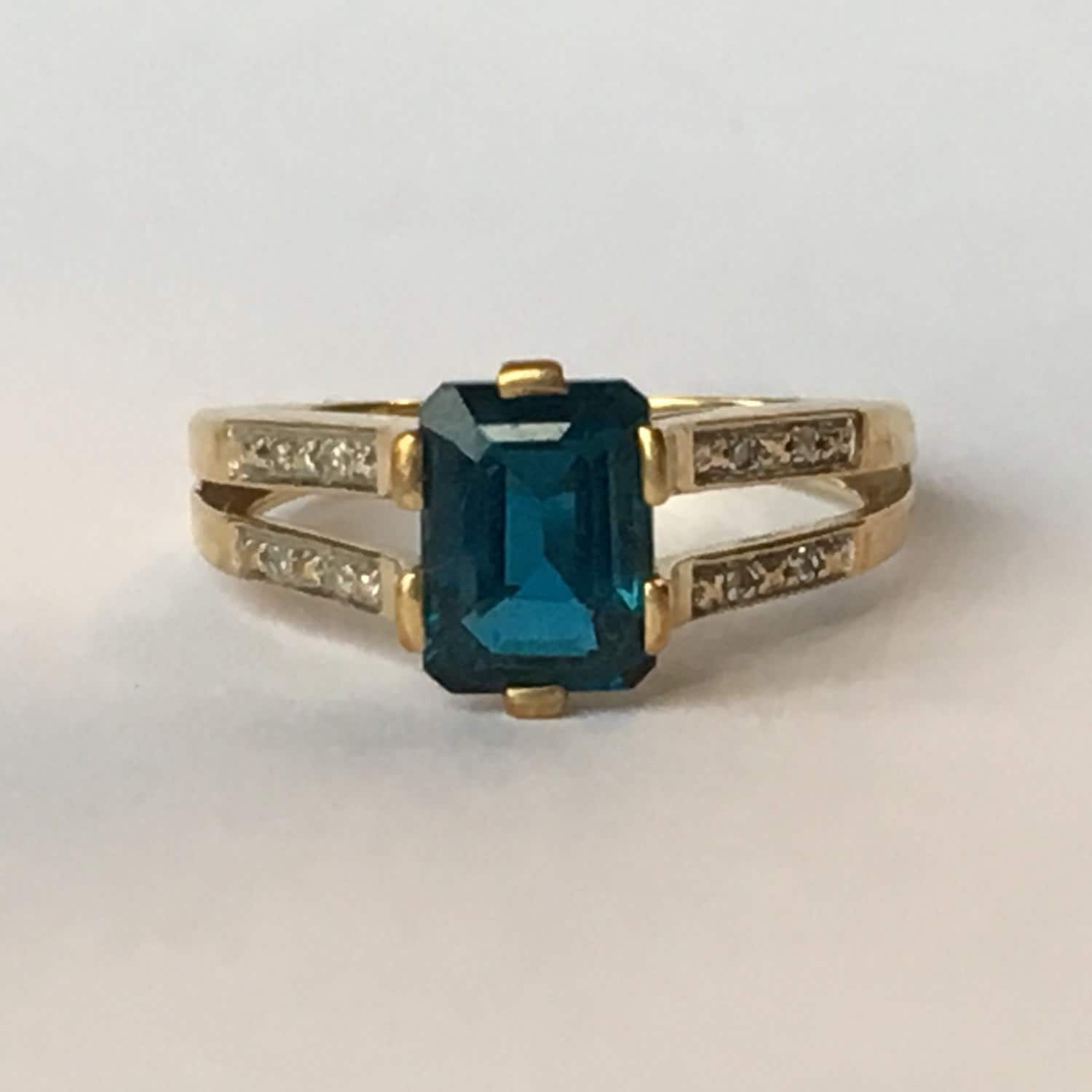 Antique London Blue Topaz And Diamond Ring In Yellow Gold