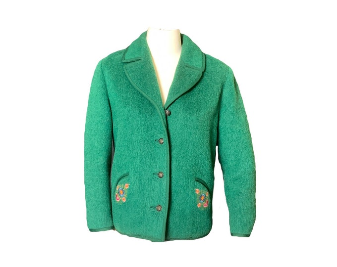 Vintage Green Wool Jacket with Embroidered Flowers from Germany. Waterproof Shepherd-Loden Wool Perfect for Spring! 1960s Fashion.