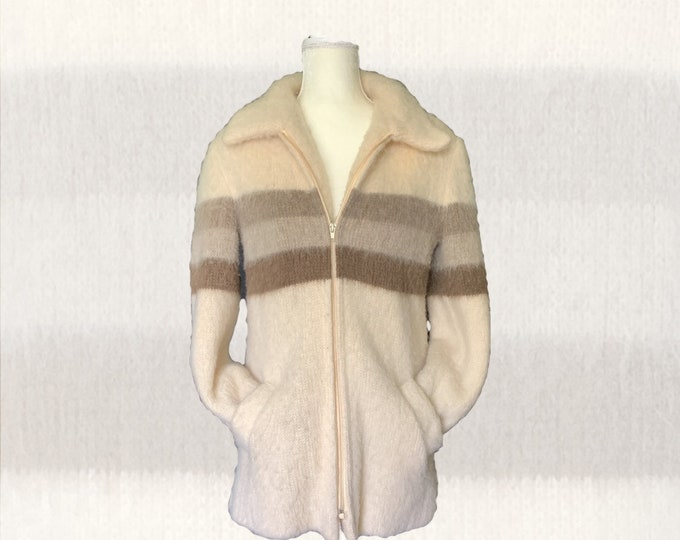 Vintage Cream Wool Sweater Jacket by Eddie Bauer. Zip Up Cardigan with  Gray Stripes. 1970s Sustainable Vintage Womens Clothing.