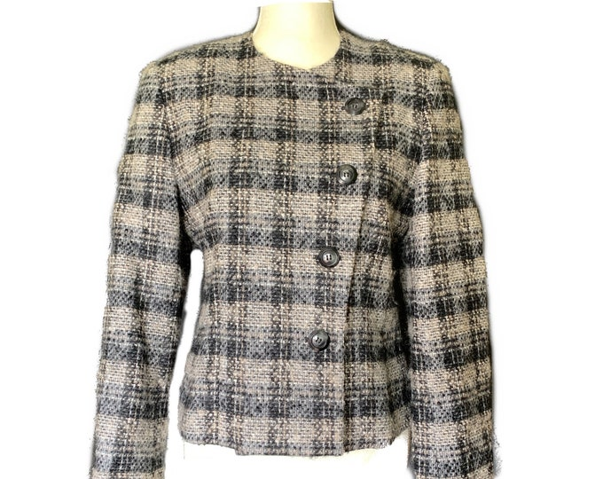 Vintage Wool Blazer by Pendleton in a Black and Gray Plaid Check. Perfect for Fall or Winter. 1980s Sustainable Women's Fashion.