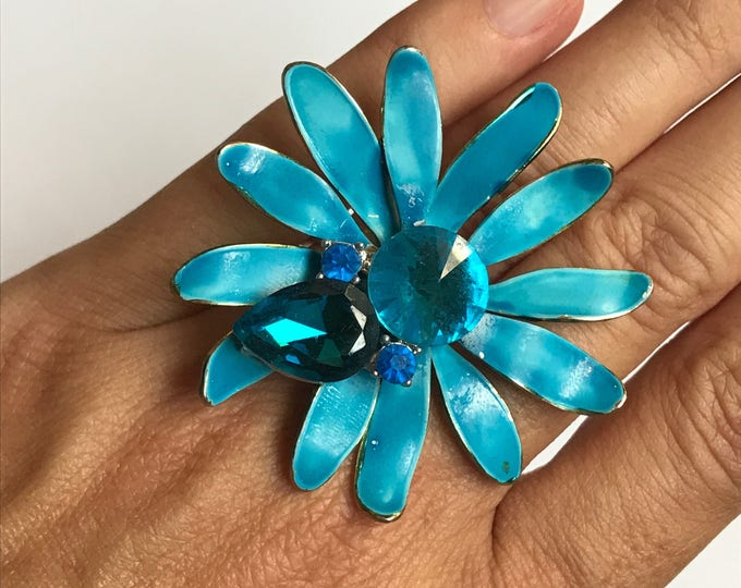 Upcycled Blue Enamel Flower Ring with Rhinestones. Repurposed Vintage Brooch to Statement Cocktail Ring. 1960s Bohemian Hippy Style.
