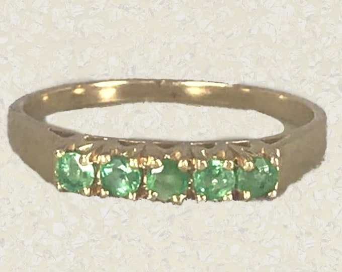 Vintage Emerald Wedding Band or Stacking Ring in 14K Yellow Gold. 1960s Sustainable Estate Jewelry. May Birthstone. 20th Anniversary.