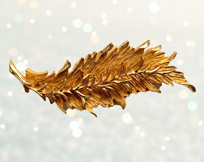 Vintage Leaf Brooch by Hattie Carnegie. Gold Tone Tropical Lapel Pin. Shawl or Sweater Closure. Repurposed Statement Necklace or Bracelet.