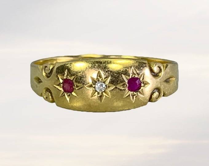 Antique Ruby and Diamond Ring in 18K Yellow Gold. Perfect Wedding Band or Stacking Ring. July Birthstone. 1900s Sustainable Estate Jewelry.